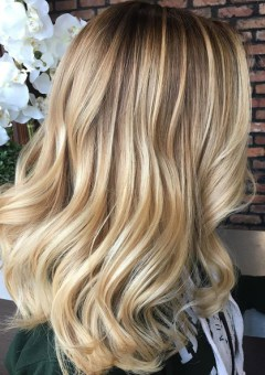 13-blonde-balayage-hair